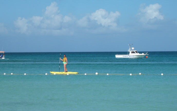 Nicoleen paddleboarding on our last morning at Couples Negril.