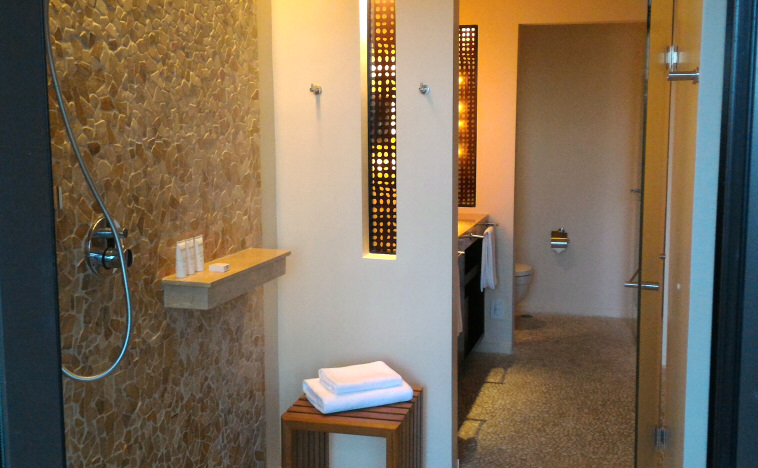 Andaz Papagayo bathroom