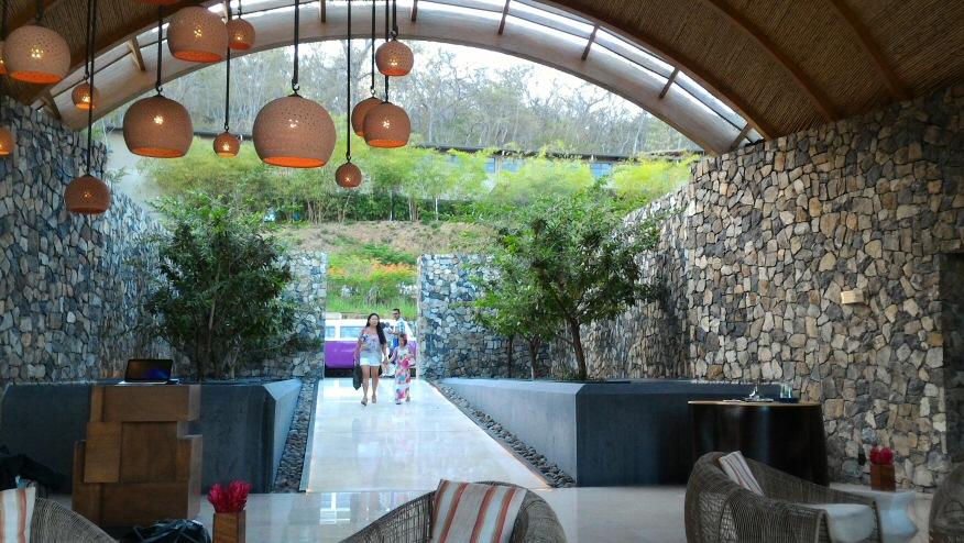 Andaz Papagayo entrance