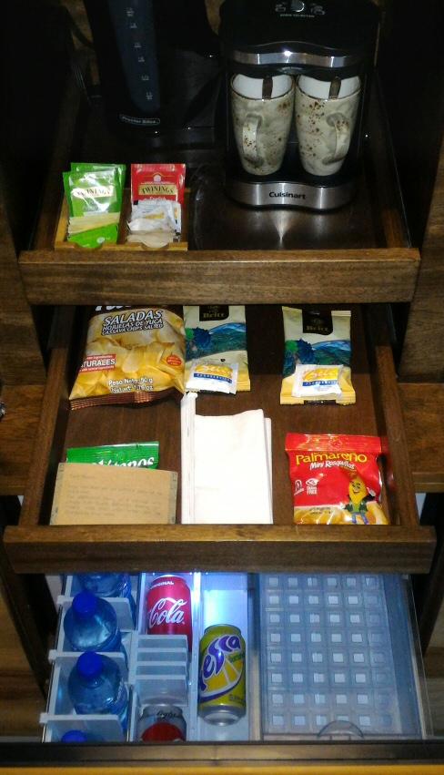 Andaz Papagayo snacks