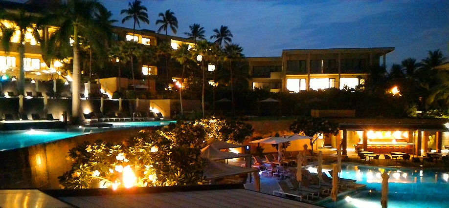 The Andaz Maui at Wailea is such an amazing property, it was worth the extra hassle to hunt and fight for the free night reservations.